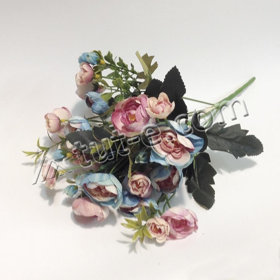 Букет мелких ранункулюсов розово-голубой