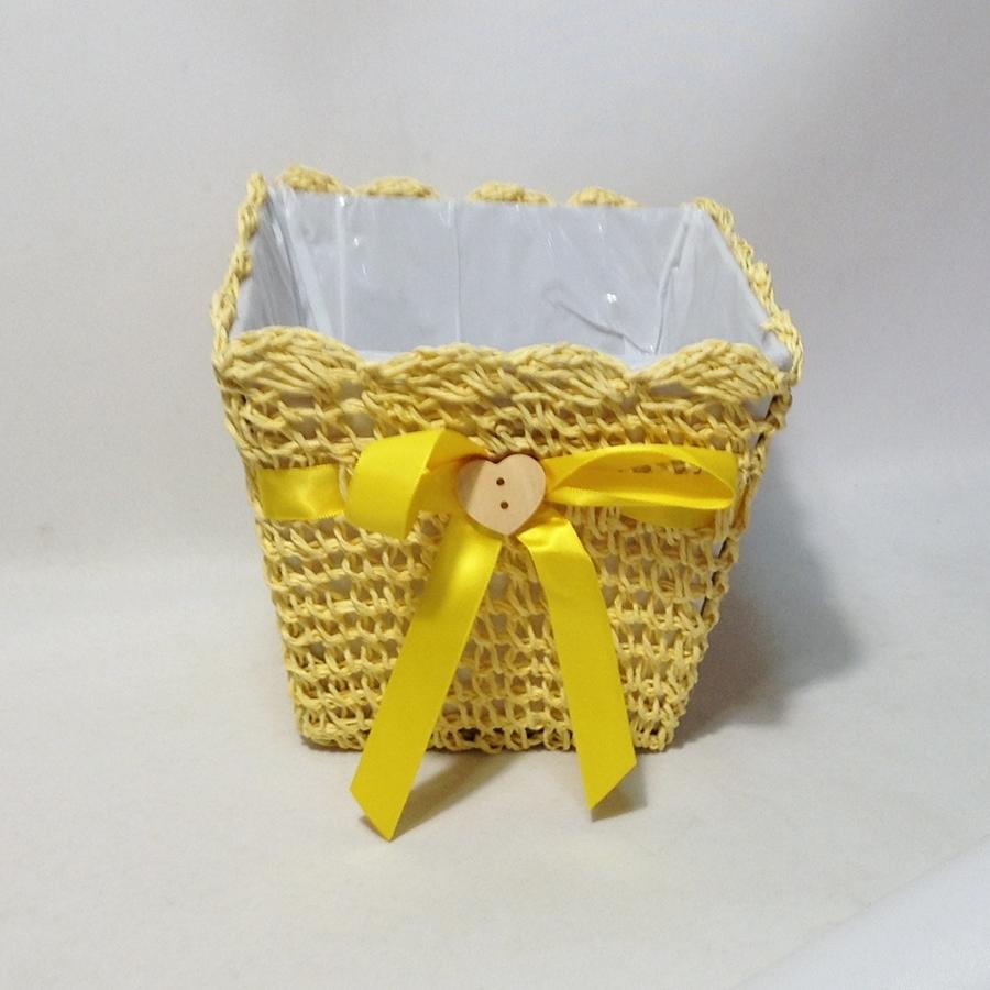 Кашпо вязанное квадратное желтое 15x15x13см