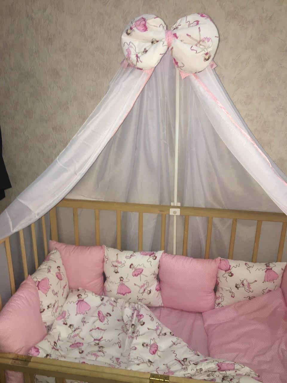 комплект в детскую кроватку с балдахином люкс ккбл - 150