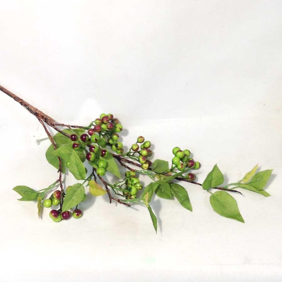 Ветка с листьями и зелеными ягодами 87см