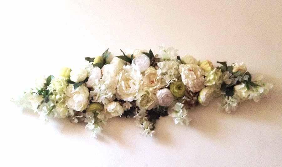 Композиция цветочная для украшения свадебной церемонии 100см