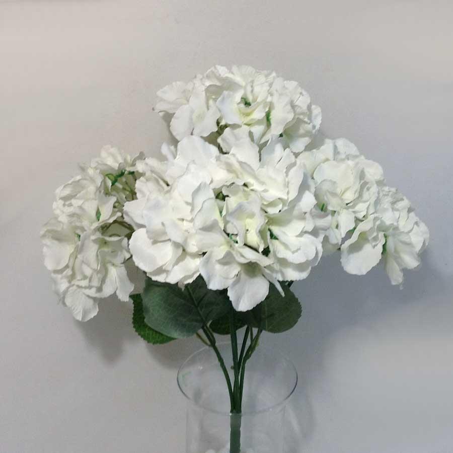Букет гортензии белый
