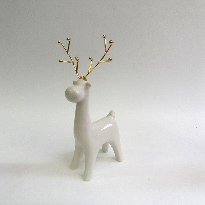 Фигурка Олень с золотыми рогами - 18см