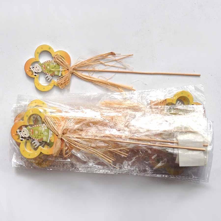 Декор на палочке -Буренка в цветочке - упаковка 12шт