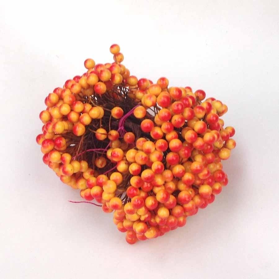 Ягодка декоративная 9мм желто-оранжевая