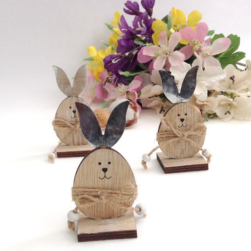 Фигурка кролика  деревянная с металлическими ушками