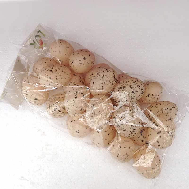 Яйца для декора пластиковые бежевые 6см - 24шт