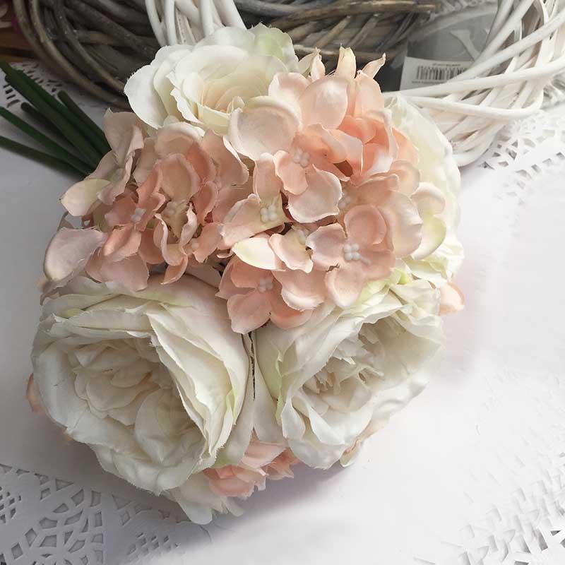 Букет роза +роза английская+гортензия молочно-пудровый